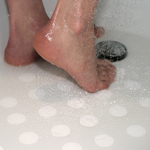 non-slip-bath-circles being-used