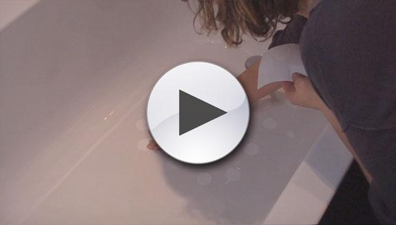 Fitting anti slip bath stickers
